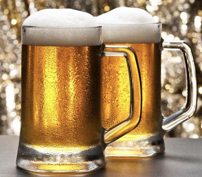beer glasses.001